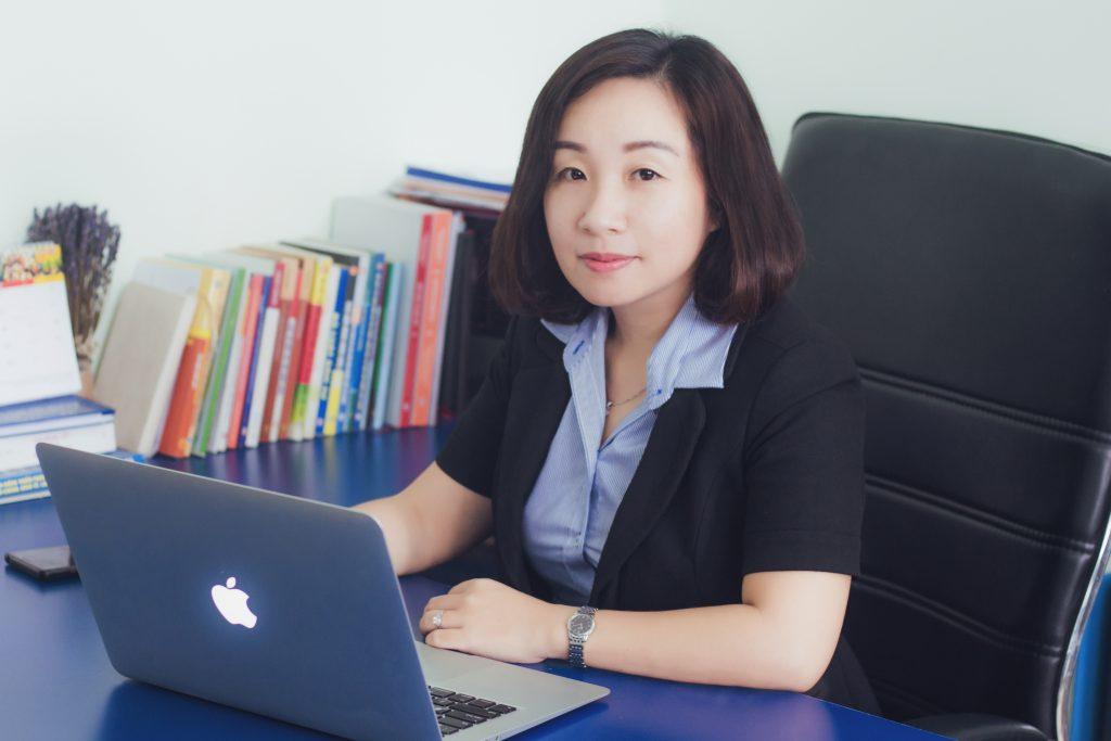 Luật Sư Huỳnh Thị Việt Nga
